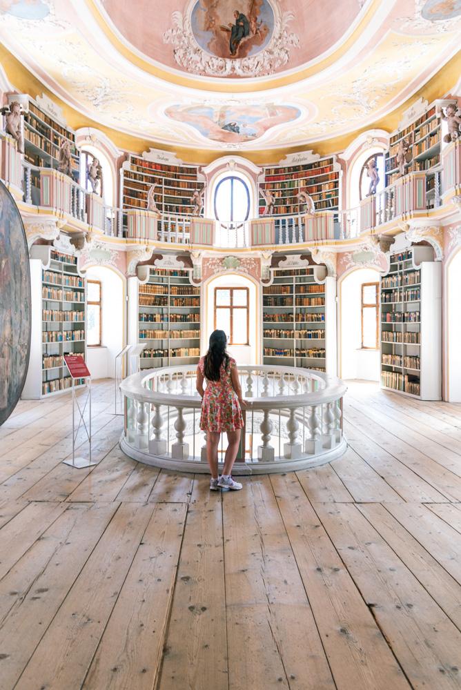 Füssen Stadt Museum Library